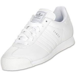 EUC Adidas mens Samoa white silver sneakers 7